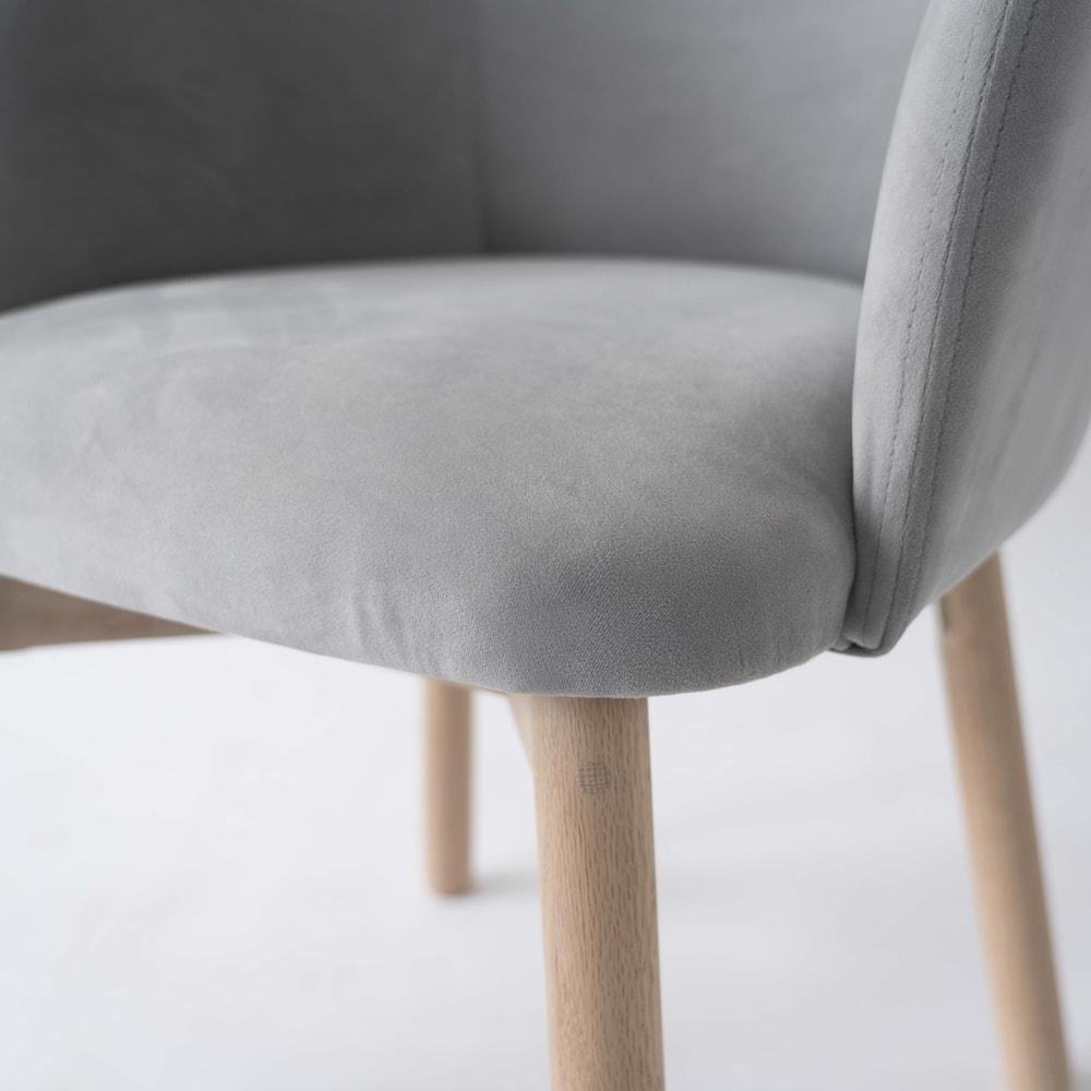 Ridge/リッジ ダイニングセット 天然木丸テーブル5点セット テーブル直径110cm チェアも角のないデザインで、膝裏のあたりも優しく仕上げています。