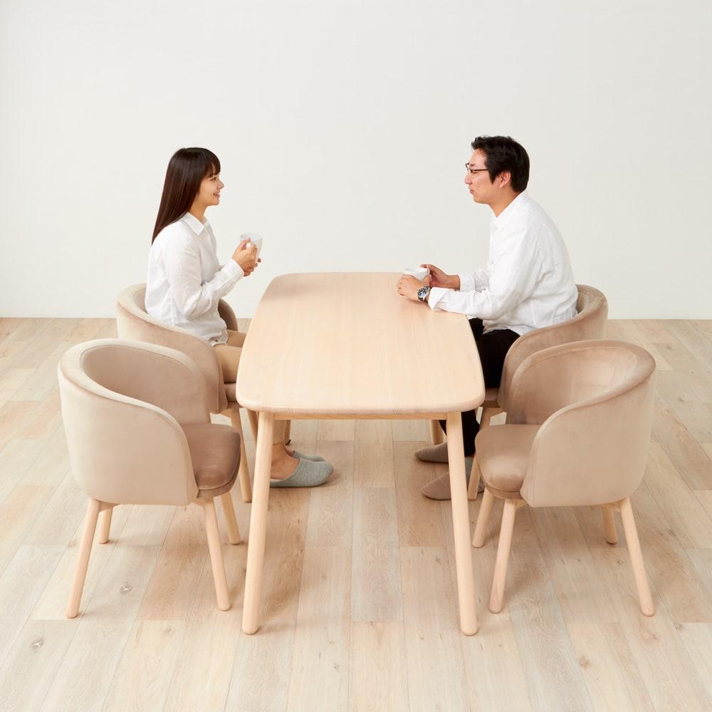 Ridge/リッジ ダイニングテーブル 天然木長方形テーブル 幅160cm 奥行きを小さめ75cmに。4人でもゆったり座れる幅160cm。
