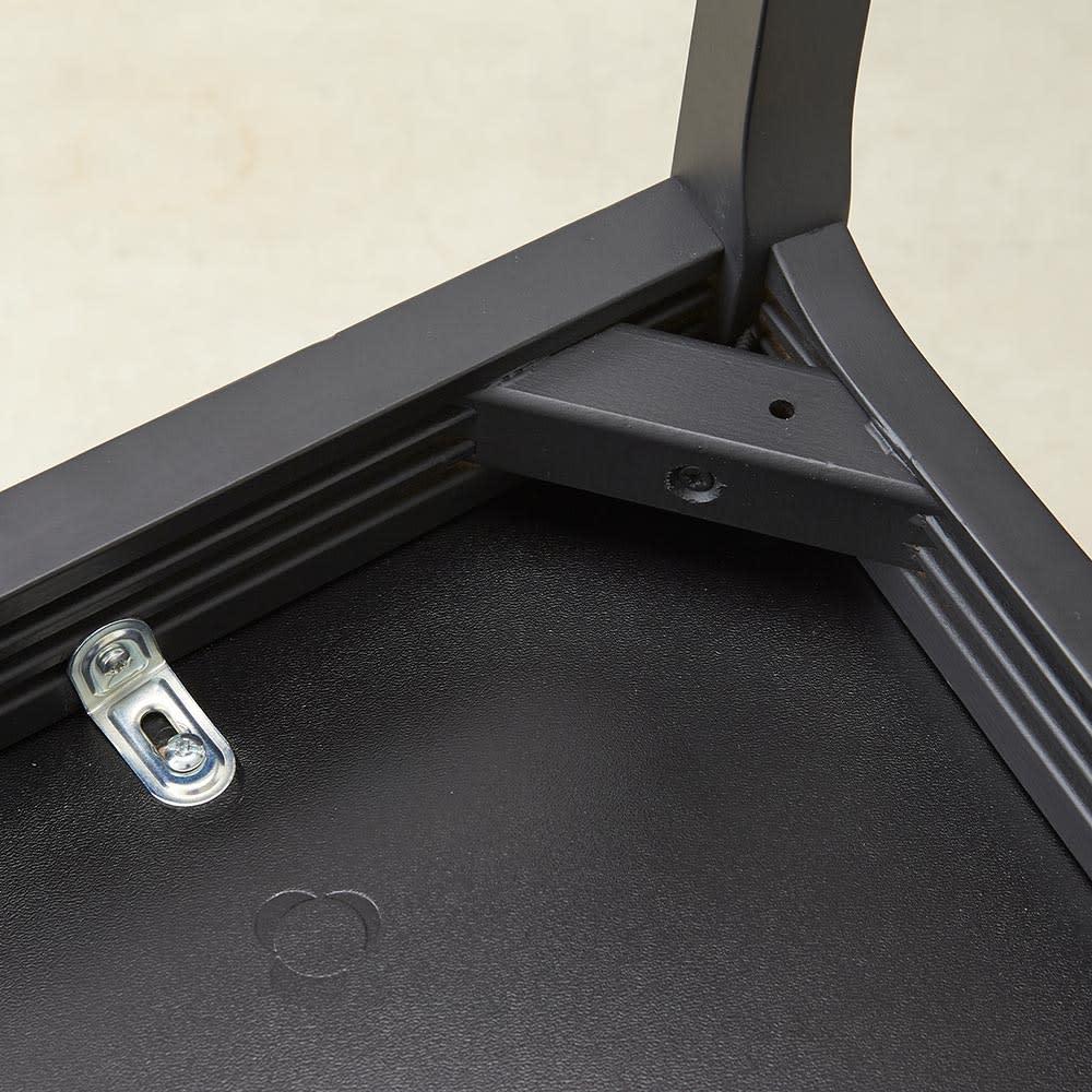 5点セット Connubia/コヌビア 伸長式テーブル+Philadelphiaチェア4脚  テーブル幅130cm(伸長時190cm) チェア 幕板部分