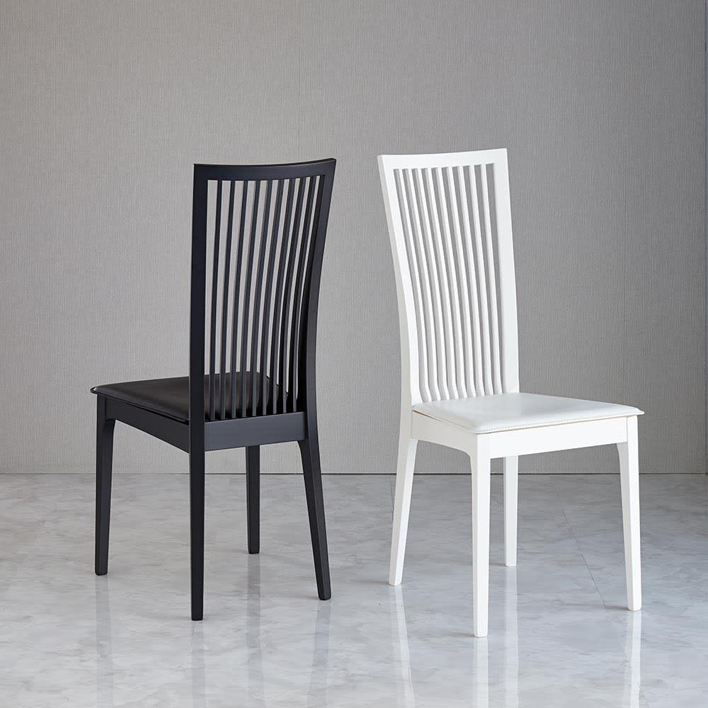 5点セット Connubia/コヌビア 伸長式テーブル+Philadelphiaチェア4脚  テーブル幅130cm(伸長時190cm) ブラックとホワイトを両方使えば、アシンメトリーなデザインに。