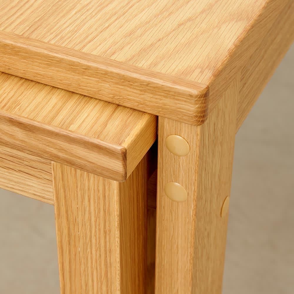 伸長式テーブル 幅130~215cm Vilske/ヴィルスク 伸長式ダイニングシリーズ 天板収納部分アップ