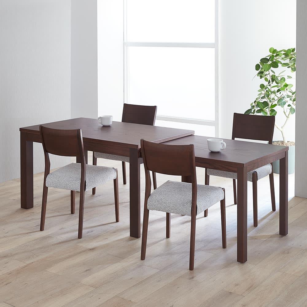伸長式テーブル 幅130~215cm Vilske/ヴィルスク 伸長式ダイニングシリーズ (イ)ブラウン 最大伸長時(長さ215cm)