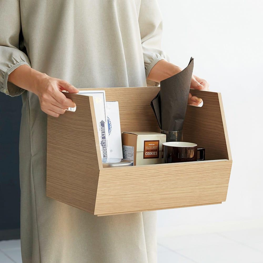 スタッキング収納ボックス 3段 引き出し付きキャスター付き 持ち手付きで、持ち運びがラク。