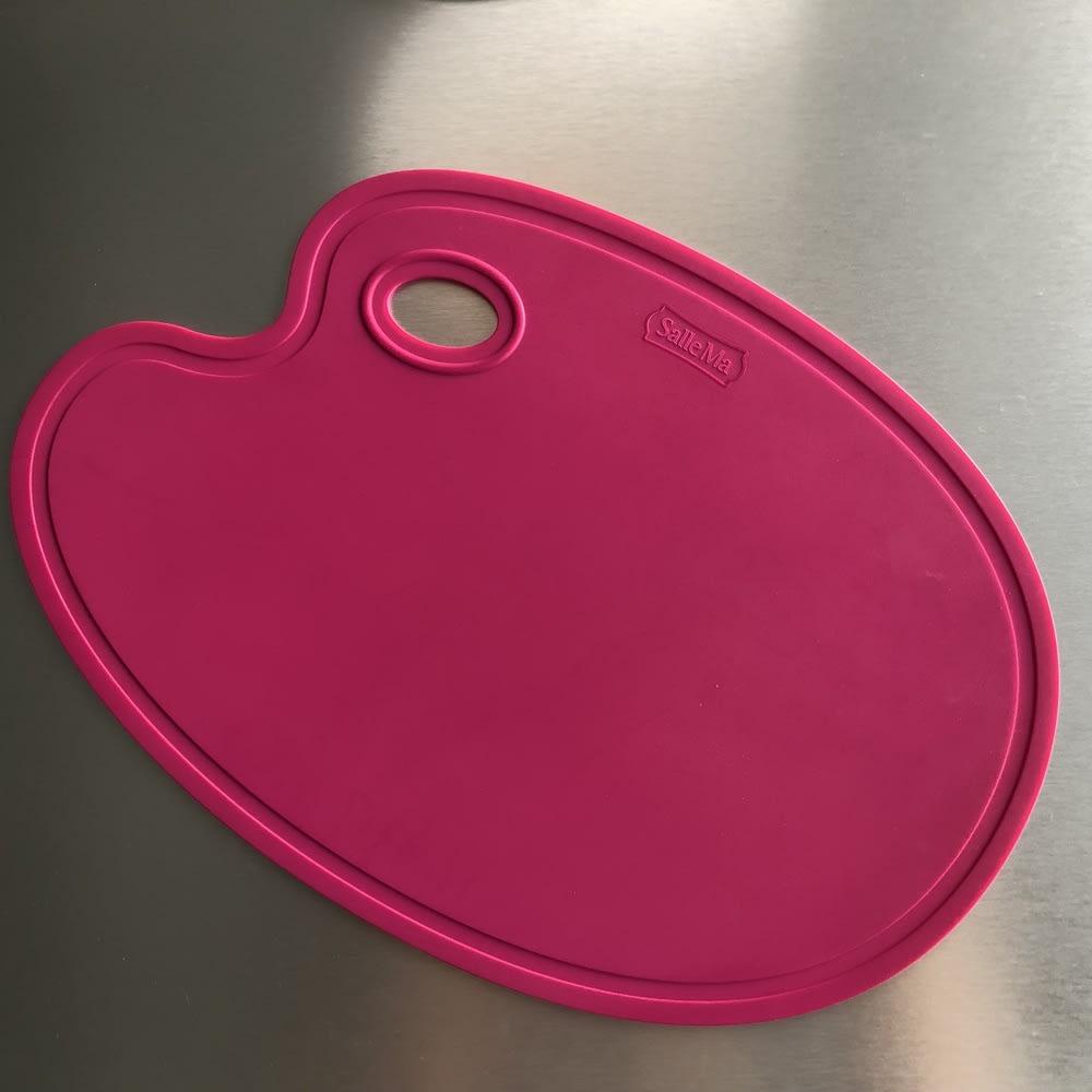 エッグ型 スタンド付き 抗菌まな板