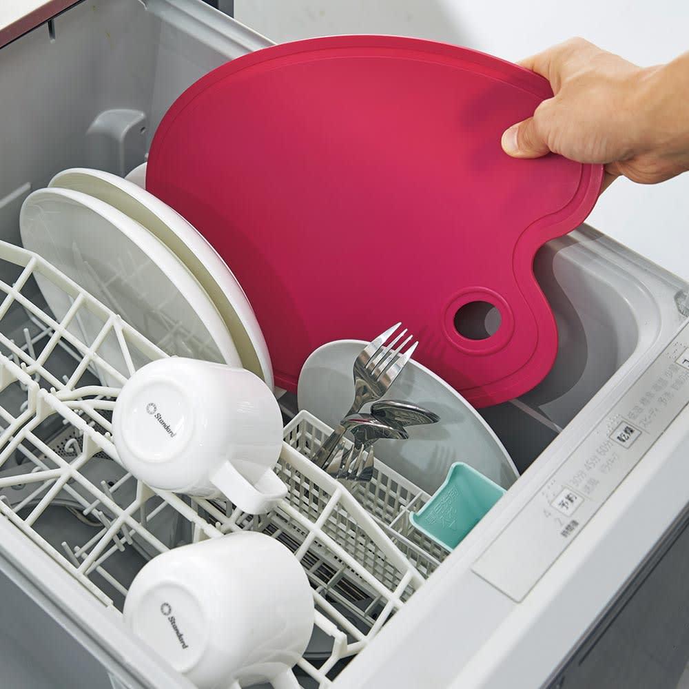 エッグ型 スタンド付き 抗菌まな板 食洗機の使用可