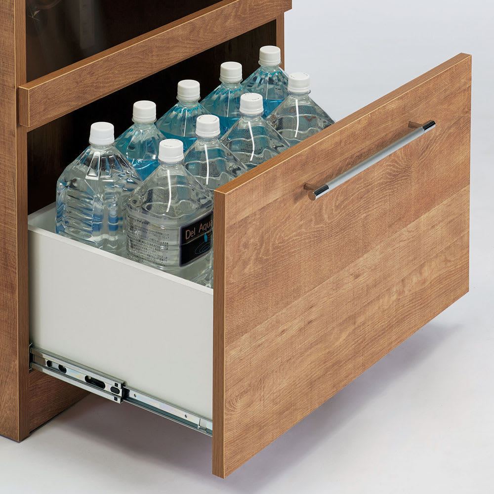 Cretty/クレッティ ステンレス天板 ナチュラルモダンキッチン収納 カウンター幅80cm 下段の引き出しには1.5Lペットボトルが収納可能です。