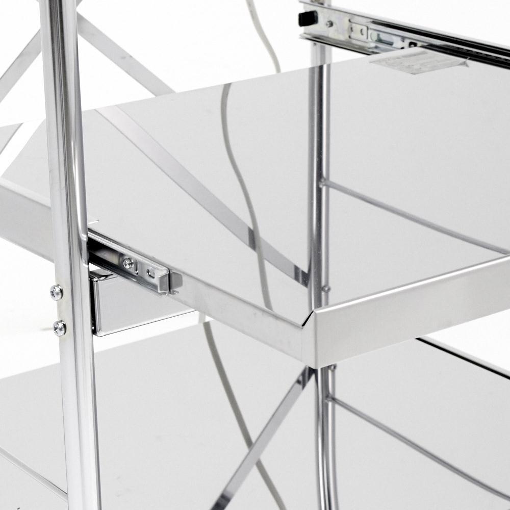 ステンレス製大型レンジ対応ラック ミドルタイプワゴン ステンレス製の丈夫な棚板です。