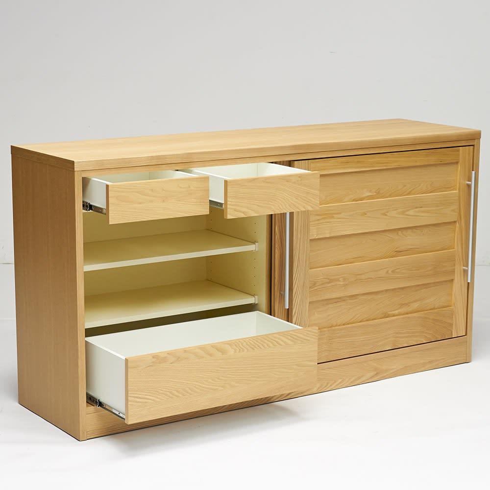 NexII ネックス2 天然木キッチン収納 カウンター 幅160cm 左側には引き出しが3杯で、こまごましたものや重たいものを収納するのに便利。