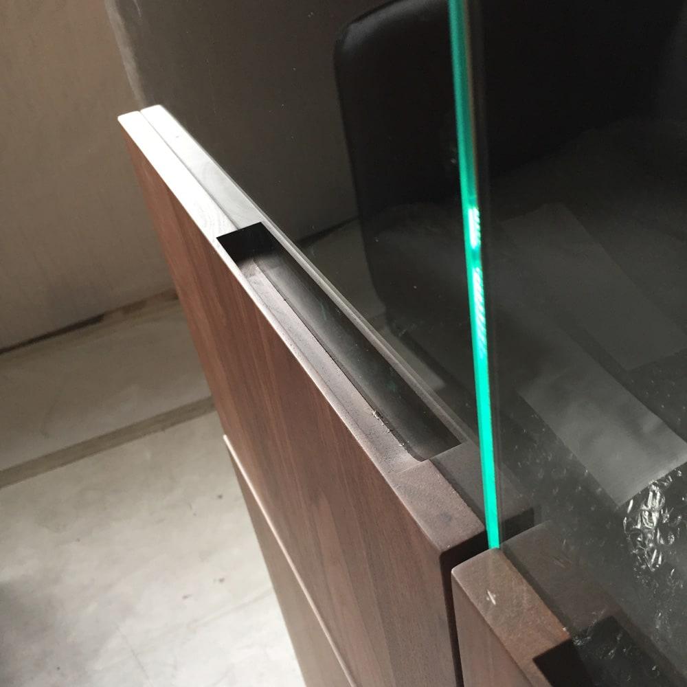 LEDライト付きサイドボードシリーズ LEDサイドボード 幅120cm 扉部取っ手