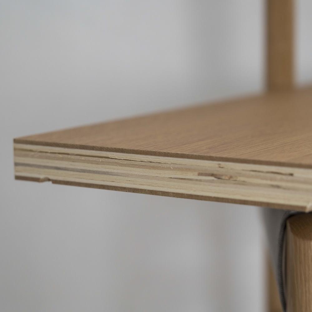 Pisaro/ピサロ オーク格子デスクシリーズ デスク 幅80高さ180cm 棚は板を重ねた積層合板を使用しており、1枚あたり耐荷重約20kgまで耐えられる丈夫なつくりです。