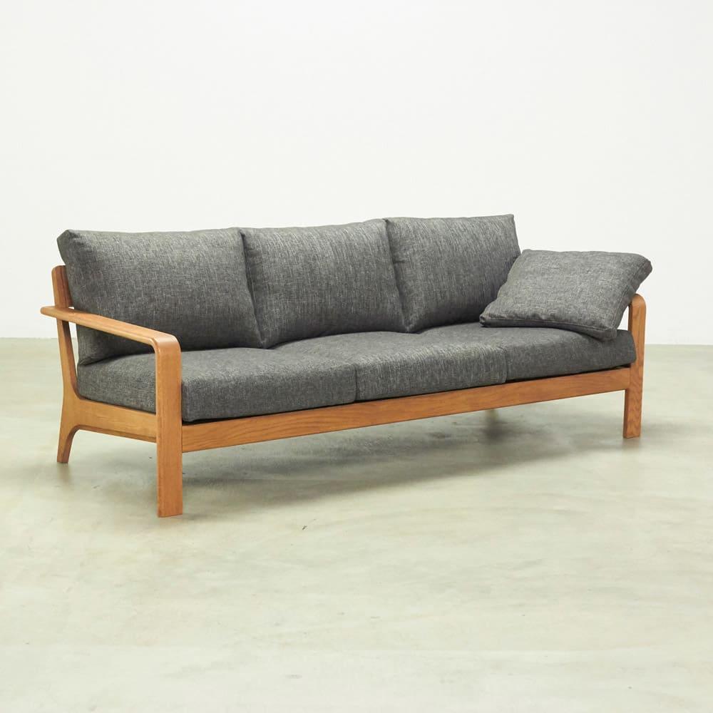 a tempo/アテンポ オーク天然木 木製フレームソファ 2.5人掛け・幅177cm ※写真はソファ3人掛けです。