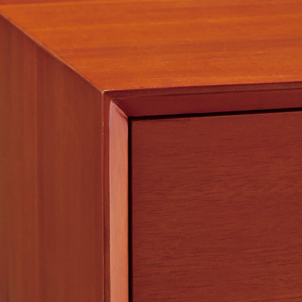 北欧ヴィンテージ風Vカットデザイン リビングボード・リビングキャビネット 幅110cm高さ75cm 角にVカットを施し北欧ヴィンテージ家具を細部まで再現。