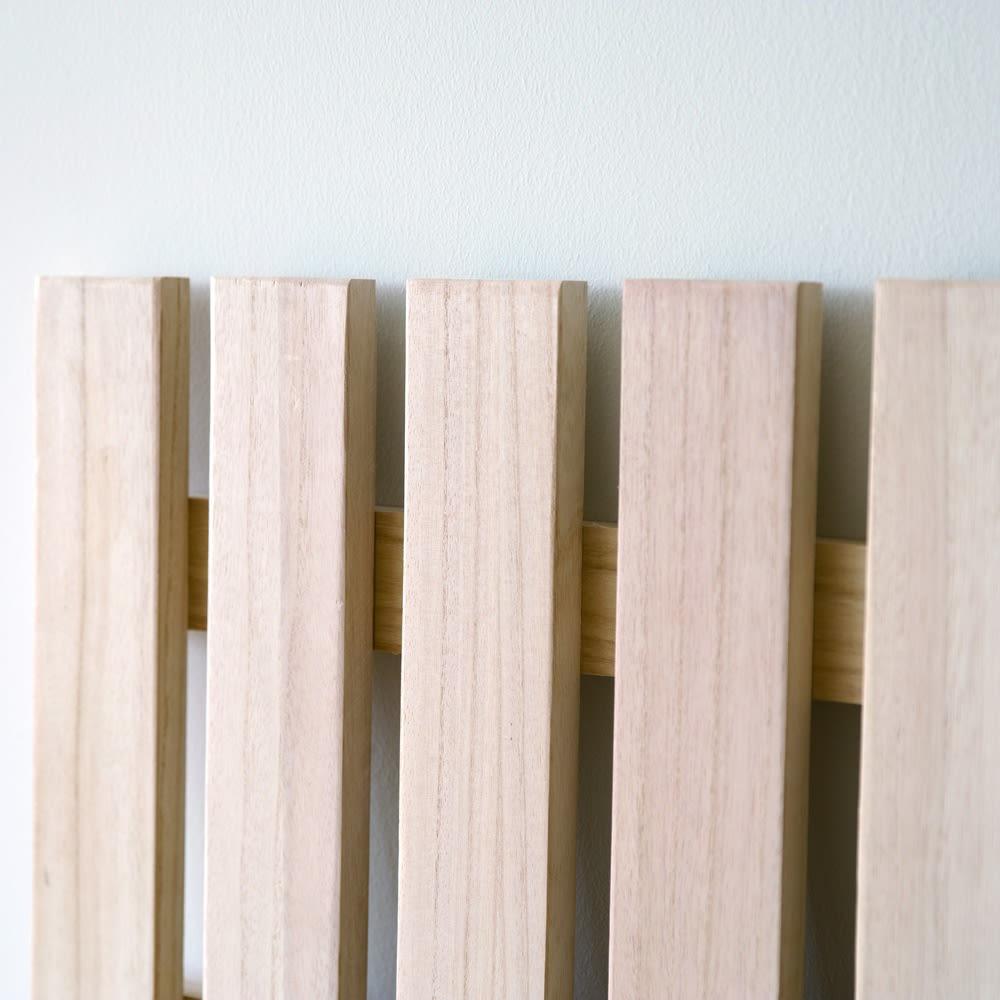 MARK/マーク 木製ベッド ホワイトオーク ユーロトップポケットコイルマットレス 床板は上下2枚、桐材のスノコ床板。調湿効果に優れ湿気やカビを寄せ付けず、清潔な状態を保つことが可能です。