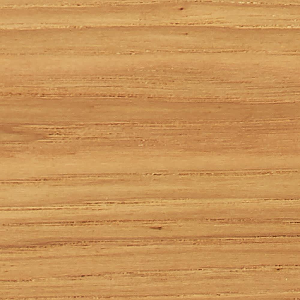 Calm/カーム 寝室コンパクトチェスト 幅55cm・4段(高さ71cm) 天然木の美しい木目 を生かしたナチュラル な表情。(ア)は明るく木目が際立つオーク材に近い色合い。
