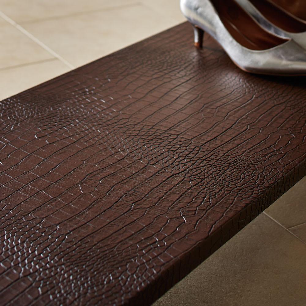 Kudelia/クーデリア 上下棚付き頑丈ハンガーラック シングル 幅90cm (ア)ダークブラウンはつやのある質感です。
