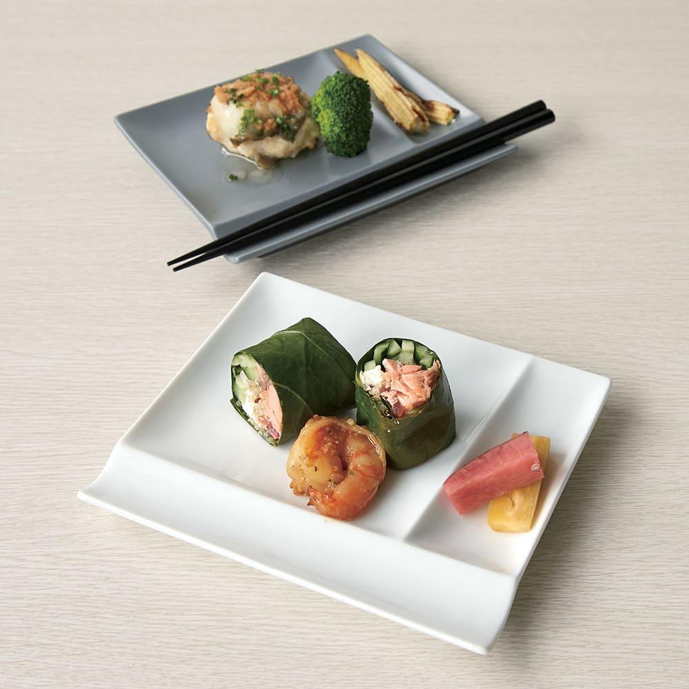 お箸が置けるパレット皿 幅17cm 4枚組 上から(イ)グレー、(ア)ホワイト 4枚組 取分け皿に便利なサイズ。