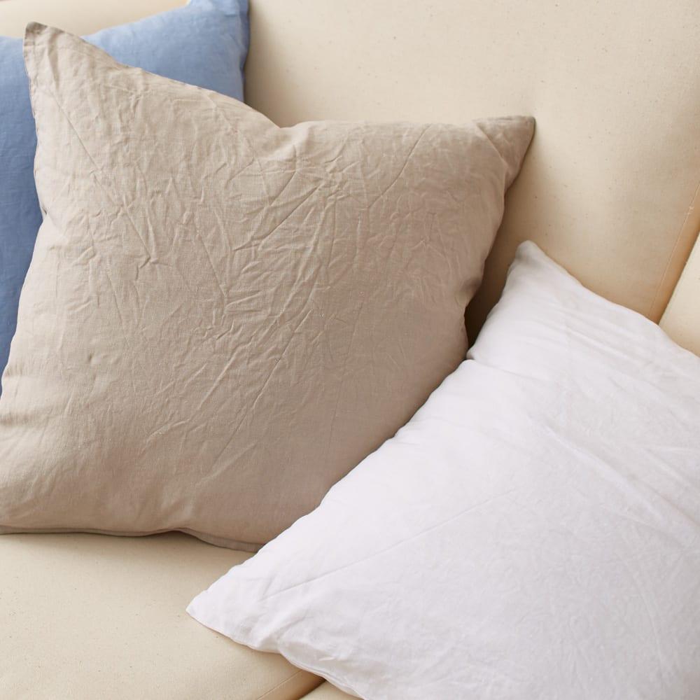 French Linen/フレンチリネン カバーリング クッションカバー(同色2枚組) 左からライトブルー、ベージュ、ホワイト ※実際の色は写真よりも少し濃いめの色になります。カバーリングの画像の色を参考にしてください。