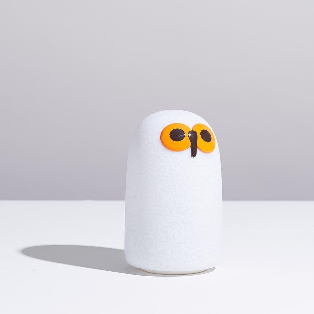 マジス/イッタラ バードライト スーロS LINNUT/リンナット[MAGIS・マジス iittala・イッタラ/デザイン:オイバ・トイッカ] ちょこんとした佇まいがかわいらしい表情を引き立てます。