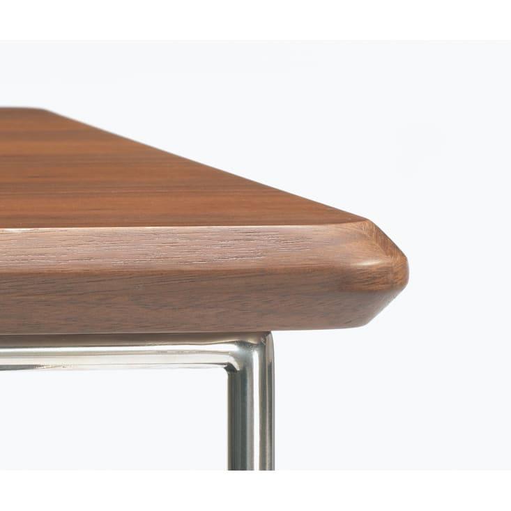 ステンレス脚のソファテーブル  高さ65cm ウォルナット 天板のコーナー部は、天然木の突き板に特殊な巻き込み加工を施し、シャープなステンレス脚と相性良く仕上げています。