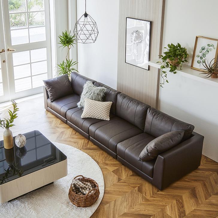 Divanol/ディバノール フロアソファ 4人掛け コーディネート画像 テーブルサイズ 80cm×80cm