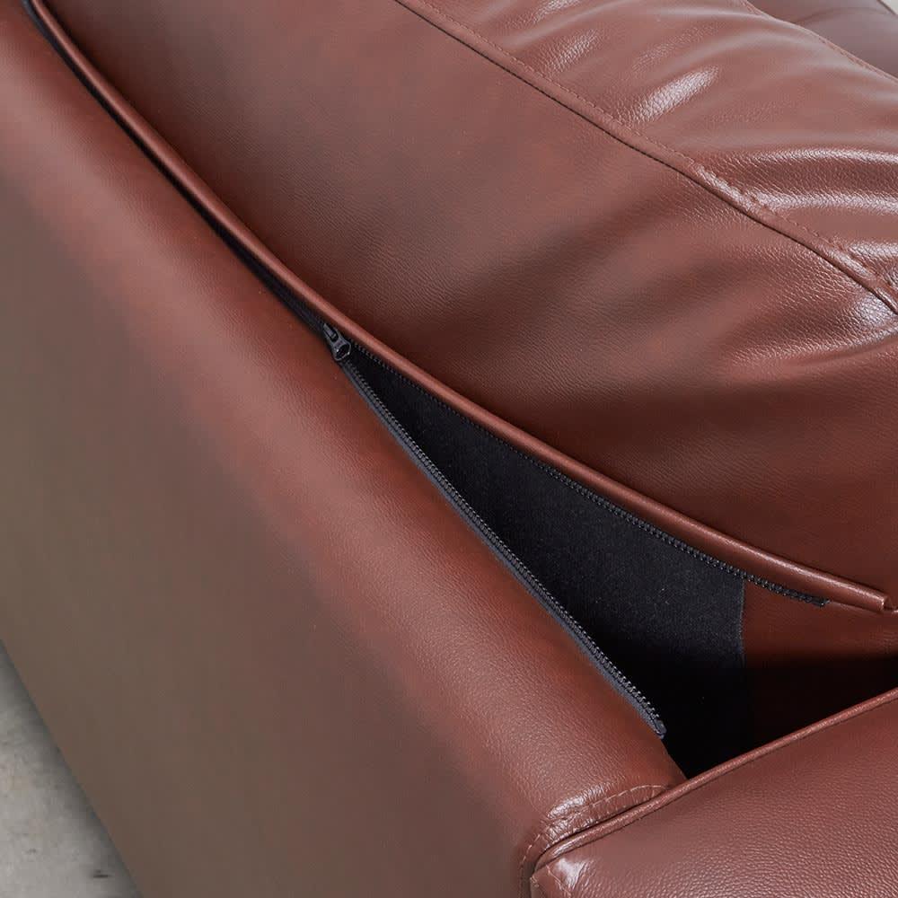 Cammello/キャメロ 革張りソファ 3人掛け 幅200cm 奥行94cm 高さ90cm 背クッションはファスナーで脱着ができます。
