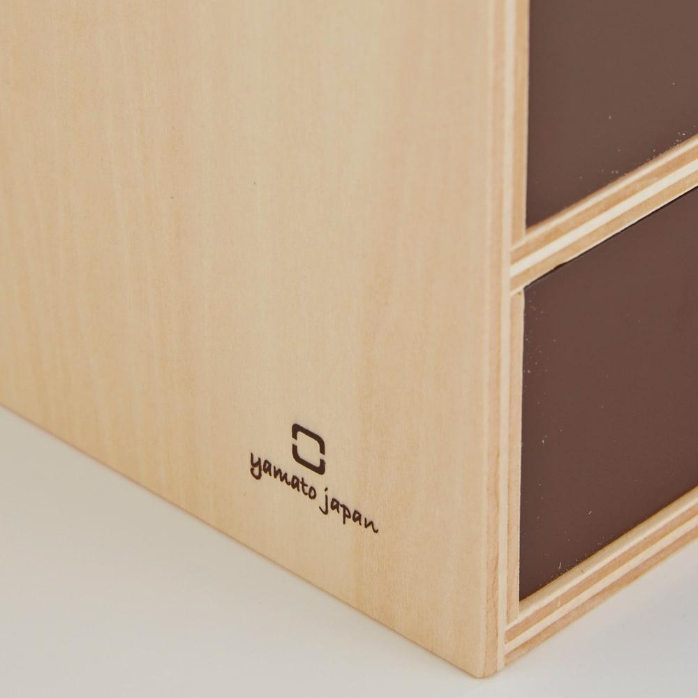 STOCK/ストック ティッシュケース 曲木を得意とする国内の木工メーカー「ヤマト工芸」が手掛けています。