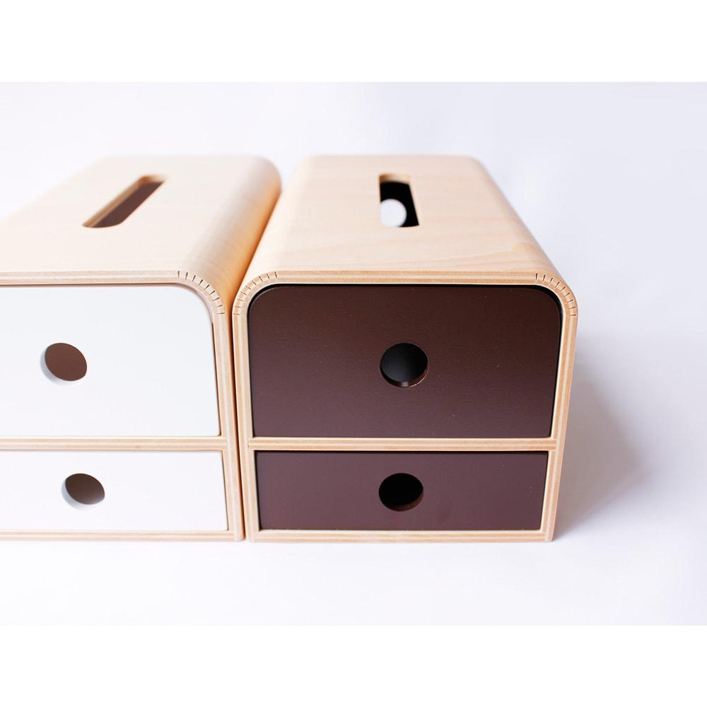 STOCK/ストック ティッシュケース カラーはホワイトとブラウンの2色展開 そろえて使うのも統一感が出ておしゃれです。