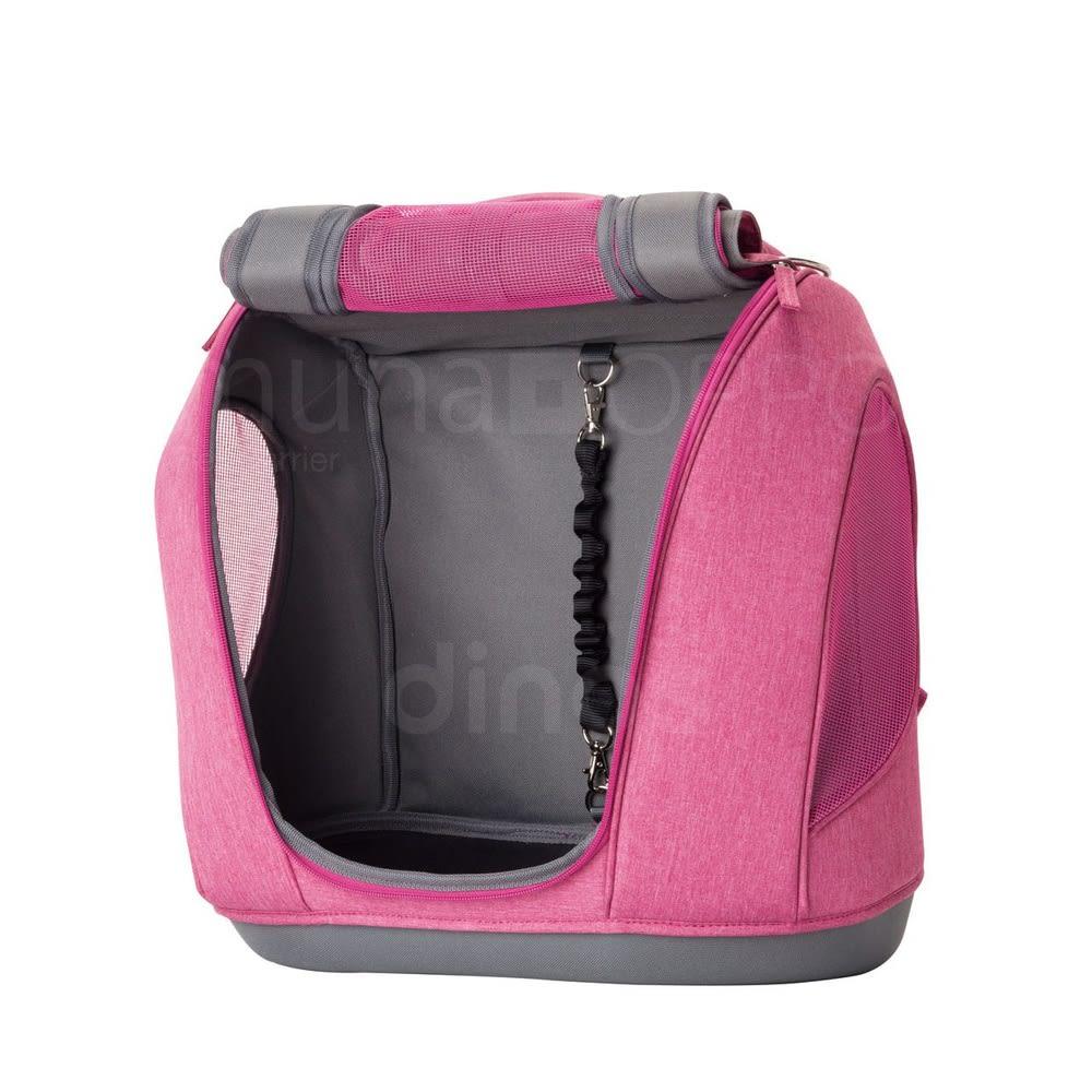 ミュナペットキャリーバッグ 開口部を広くしたいときには、全てのカバーをバッグ上部に固定してください。ペットの飛び出しには、付属の飛び出し防止リードをペットの首輪にセットして対策。