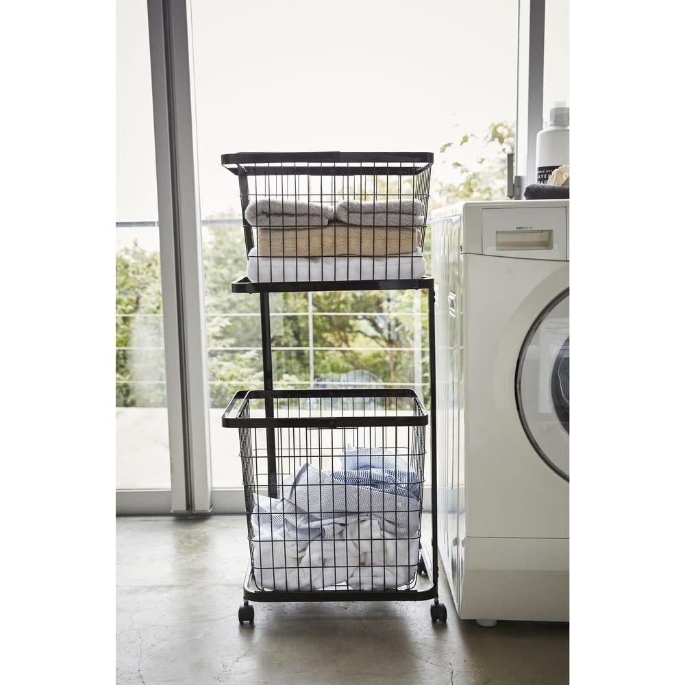 tower/タワー ランドリーワゴン バスケット2個タイプ 洗濯機の横に置いても邪魔にならない、スリムなでスタイリッシュなデザインです。