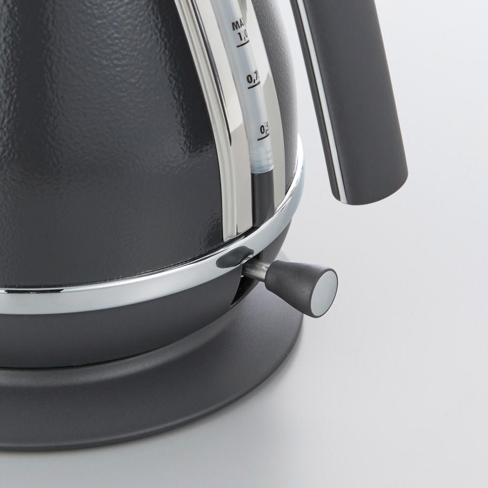 DeLonghi/ デロンギ アイコナ ドリップ 電気ケトル 【KBOE1220J-W/KBOE1220J-GY】 自動電源OFF機能付きのスイッチもおしゃれ