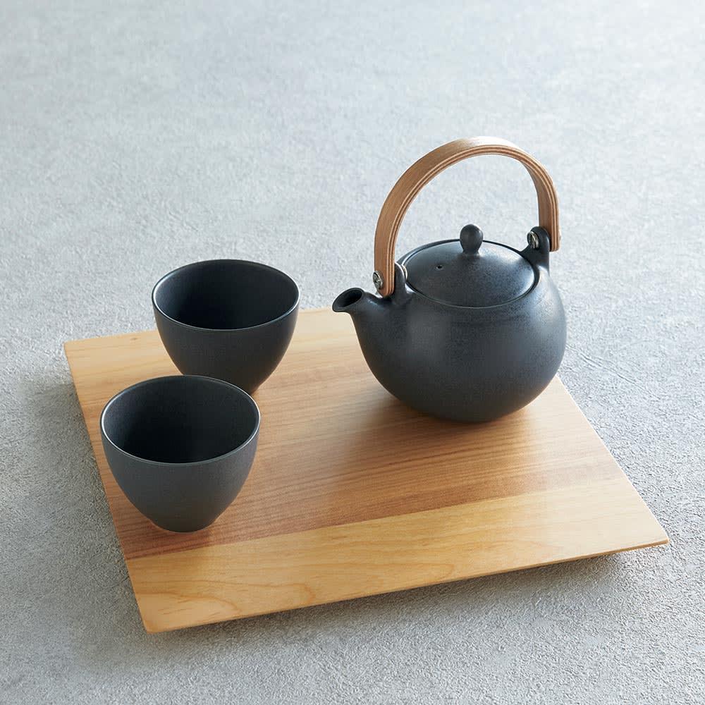 結ゆい 美濃焼 土瓶急須&湯呑2客 使用例(プレートは付属しません)