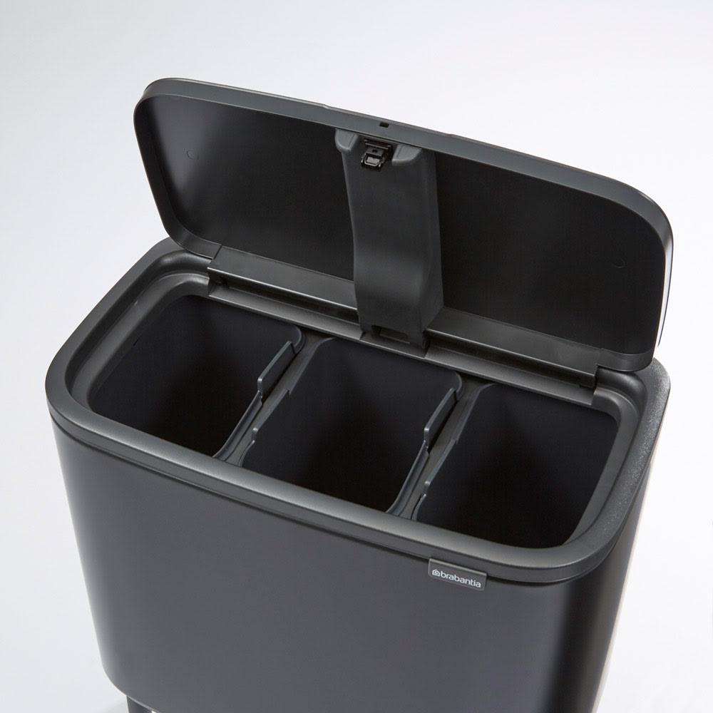 brabantia/ブラバンシア ダストボックス Boタッチビン カラータイプ 「3分別」容量:11L×3  資源ごみの分別にも便利な多分別タイプ。