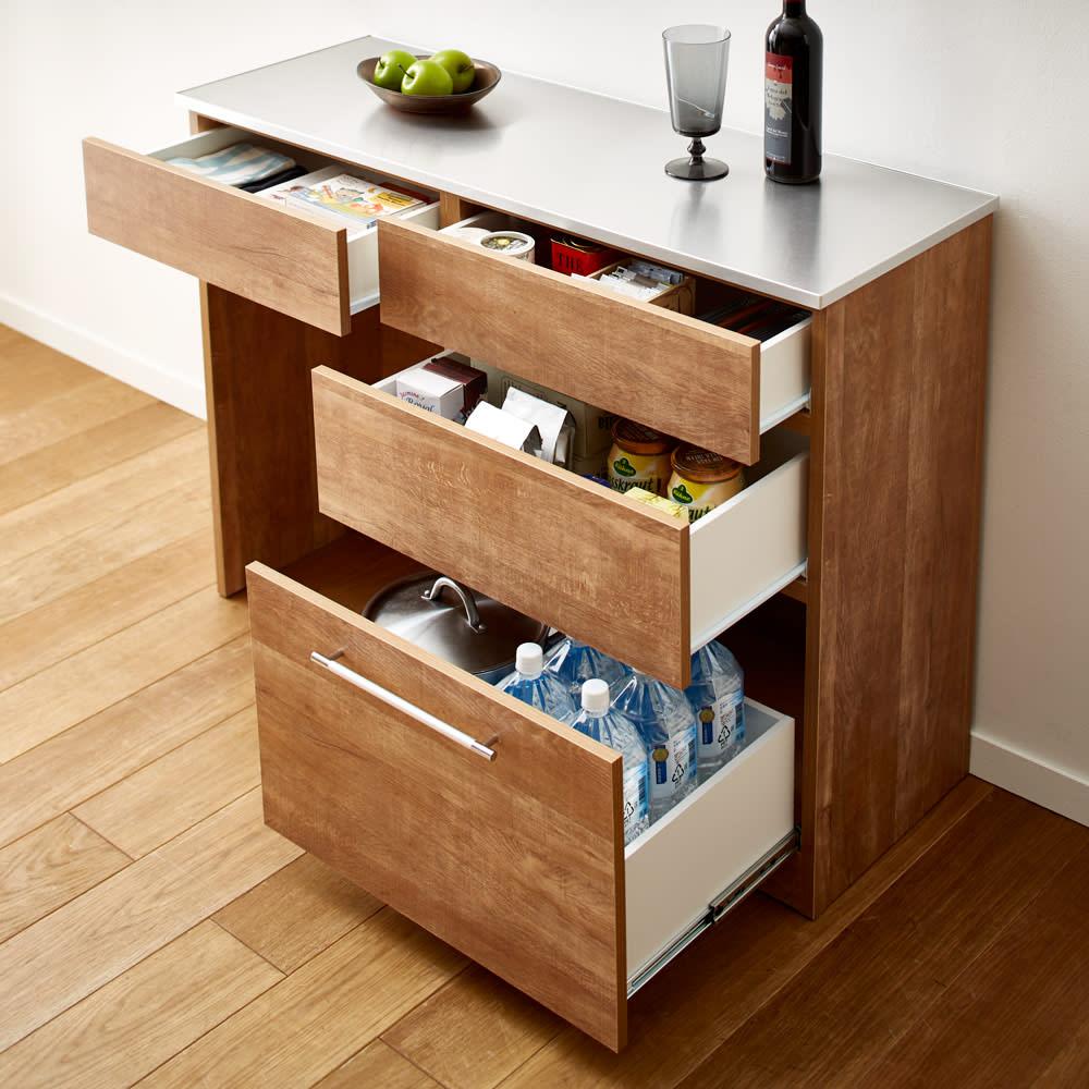 Cretty/クレッティ ステンレス天板 ナチュラルモダンキッチン収納 間仕切りカウンター 収納付き 引き出し付きタイプはキッチンまわりの収納をたっぷり入れることができます。