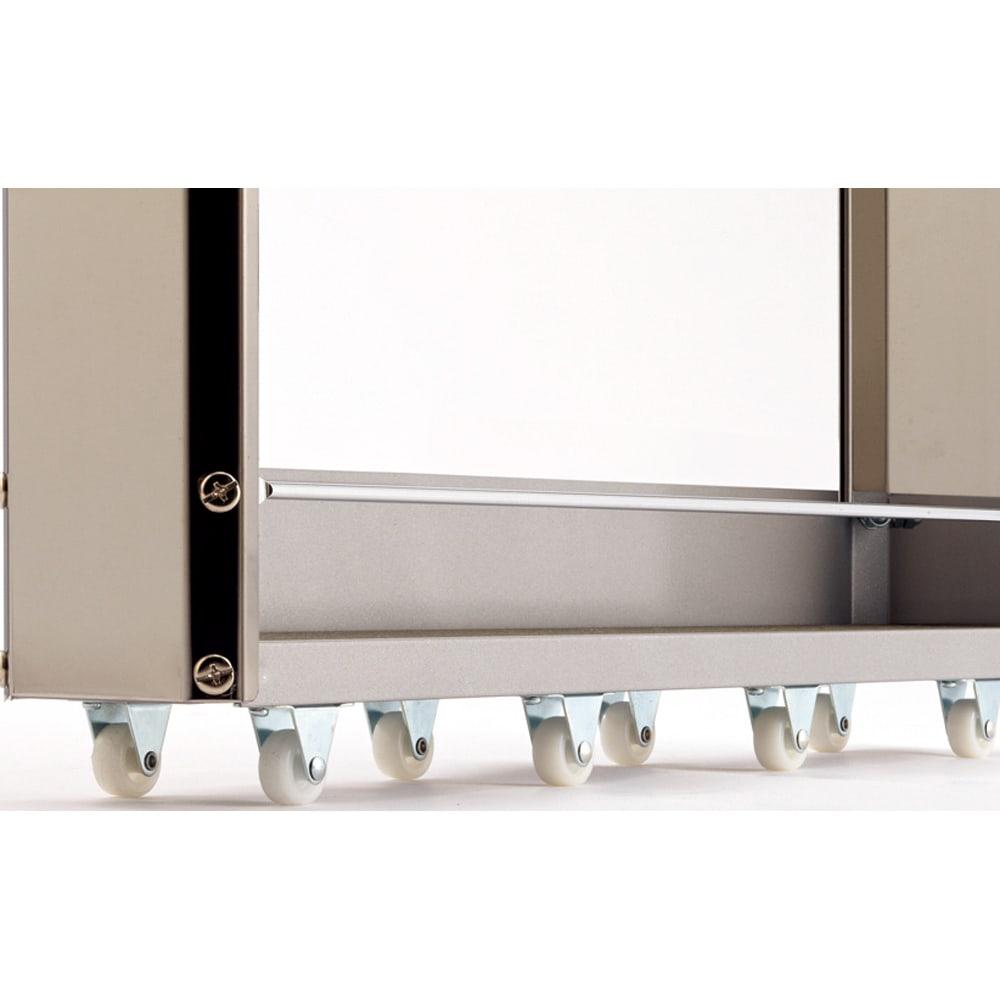 ステンレスすきま収納シリーズ ロータイプ(高さ84cm) 幅10奥行61cm キャスター付きで出し入れ楽々。