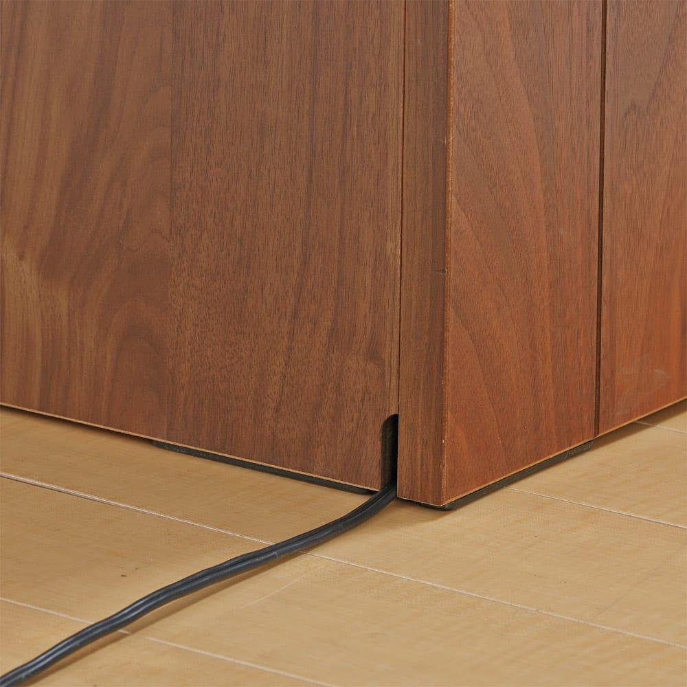 VineII/ヴィネ2 アイランドカウンターウォルナットタイプ ウォルナット天板 幅90cm 【配線がもたつかない】床接地面にコード穴があり配線すっきり。