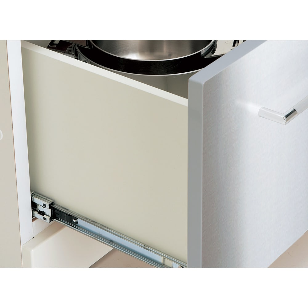 SmartII スマート2 ステンレスシリーズキッチン収納 キャビネット右開き 幅40cm フルオープン式引き出し 引き出しは3段レール式でフルオープンが可能。奥に収納したものもスムーズに出し入れが可能です。