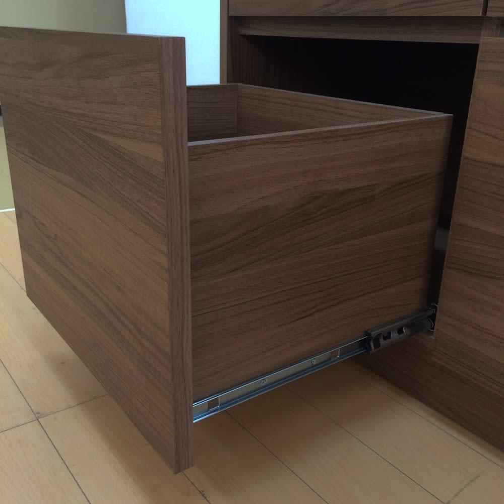 Granite/グラニト アイランド間仕切りキッチンカウンター幅140cm 家電収納付き 引き出しの内部・外側まで本体と同じウォールナット調で仕上げた、こだわりのデザイン。