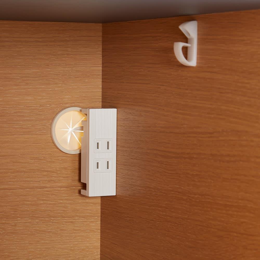 Boulder/ボルダー 石目調天板キッチンシリーズ カウンター 幅120cm 奥行45cm 右側下段のスライドテーブル家電収納部にもコンセント2口(計1500W)を付属しました。