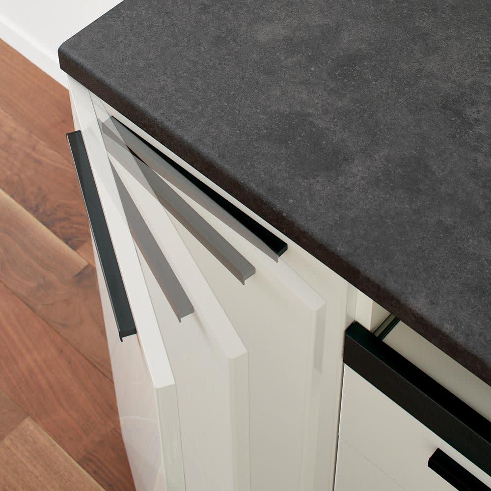Boulder/ボルダー 石目調天板キッチンシリーズ カウンター 幅160cm 奥行50cm 扉はゆっくり吸い込まれるように閉まるダンパー式。