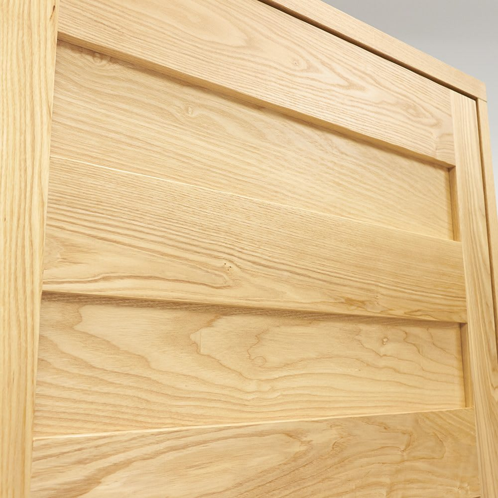 NexII ネックス2 天然木キッチン収納 キャビネット 幅120cm 木目の美しいタモ材を使用しました。天然木ならではの表情をお楽しみください。