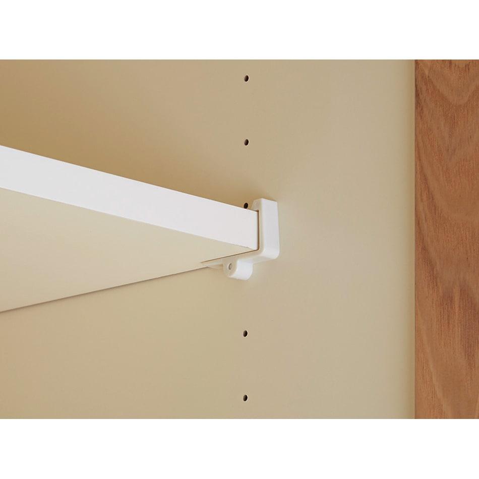 NexII ネックス2 天然木キッチン収納 キャビネット 幅120cm 〈耐震ダボ〉棚板はコの字型の棚受け金具でしっかりと固定されています。