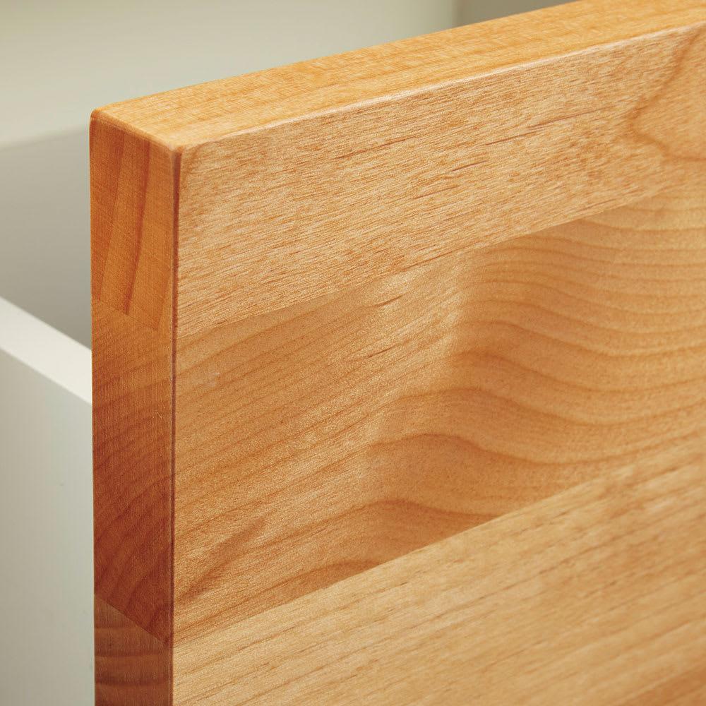 Pippi/ピッピ アルダー材コンパクトキッチン キャビネット 幅80.5cm アルダー無垢材 前板と戸枠にアルダー無垢材を贅沢に使用。