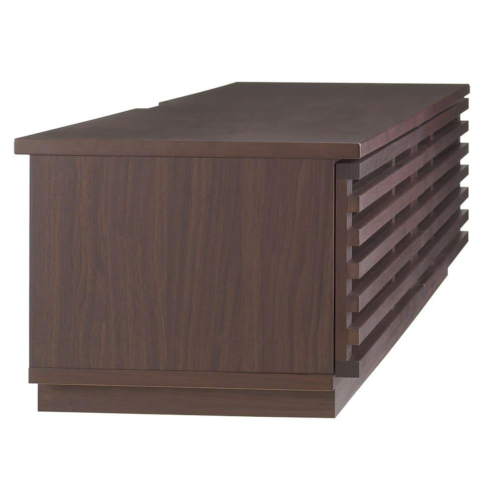 格子デザインシリーズ(ウォルナット) テレビ台 幅150cm 天板だけを少し張り出してあるので、配線スペースを設けつつ、壁面ぴったりに設置できます