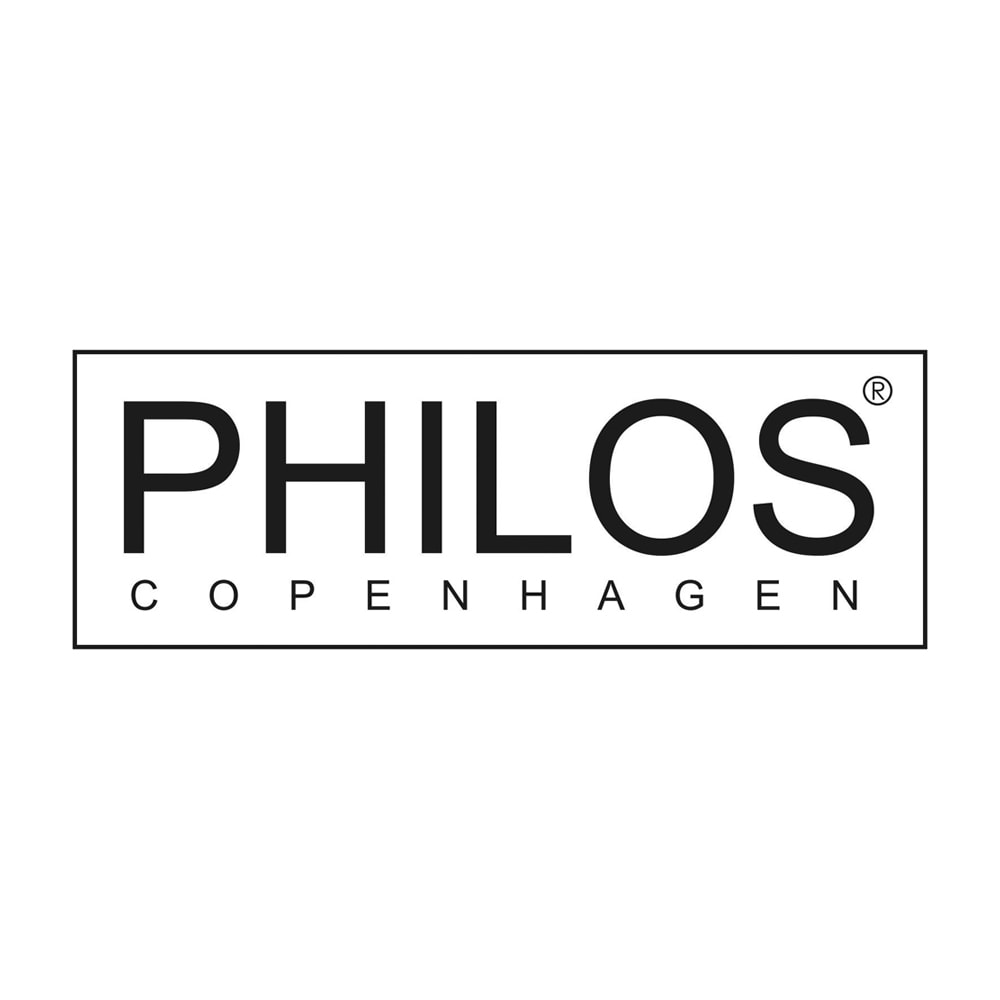 PHILOS/フィロス エレガントシリーズ 3段サイドチェスト コペンハーゲンで30年以上デザイナーとして活躍したリスベス・ダル氏が、2007年に立ち上げたブランド、フィロスコペンハーゲン。