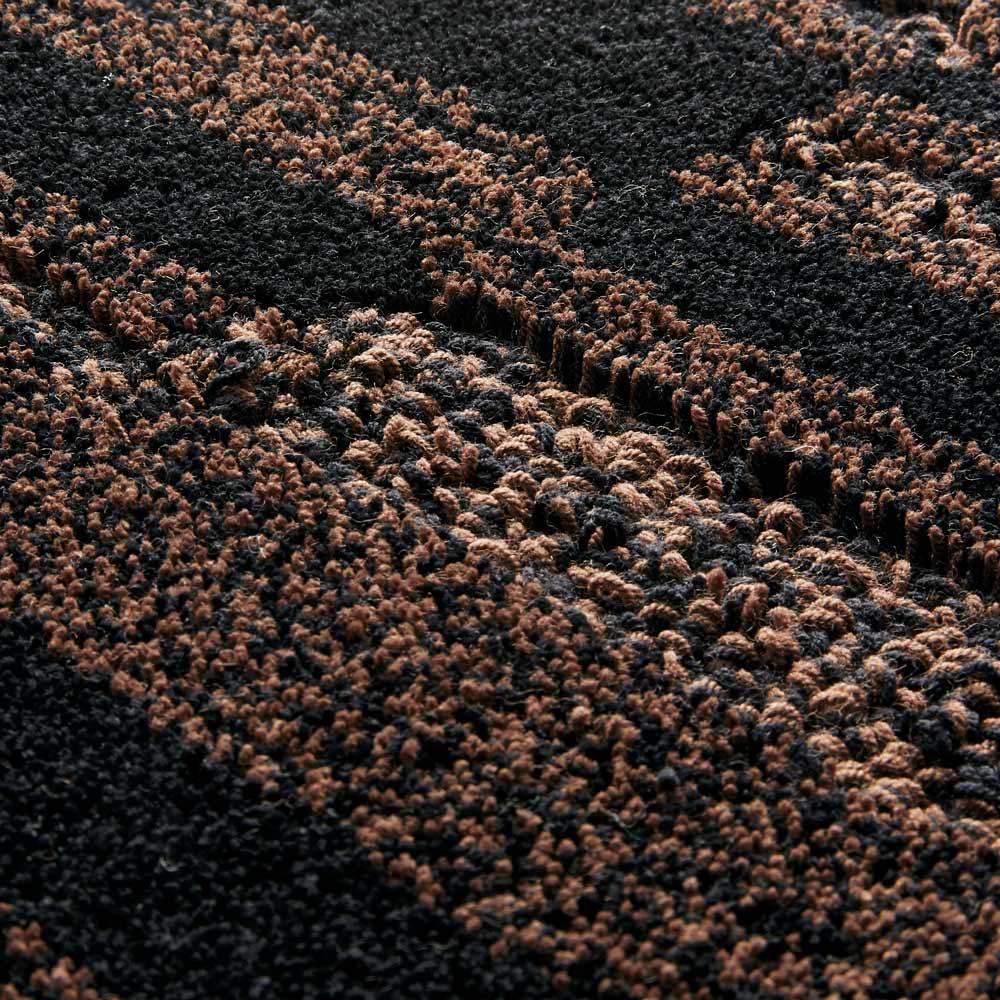 Madison/マディソンシリーズ ロングマット ループ・カットのパイルで立体的に