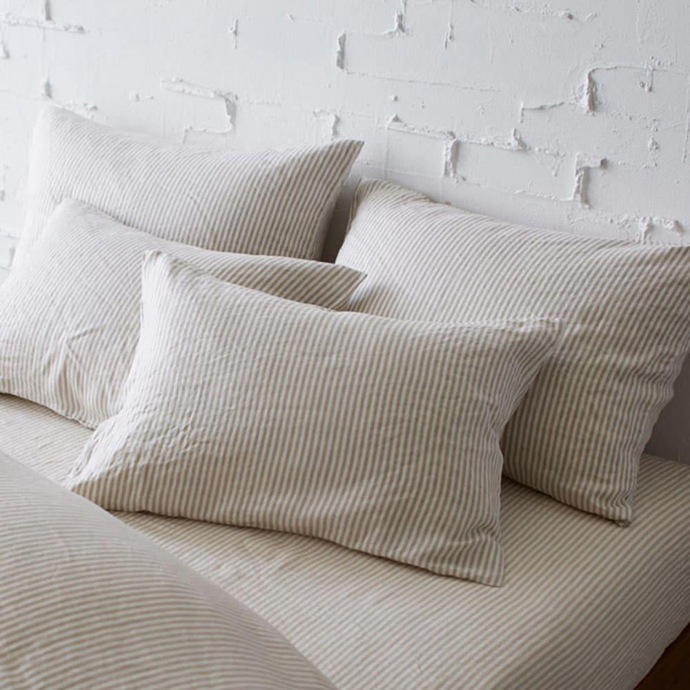 French Linen/フレンチリネン ヘリンボーン織カバーリング ピローケース(1枚) (ウ)ナチュラル(WEB限定色) ※お届けはピローケースです。 吸湿・速乾性に優れたリネンを、少し厚めに仕上げたので、夏だけでなく通年快適にご使用していただけます。