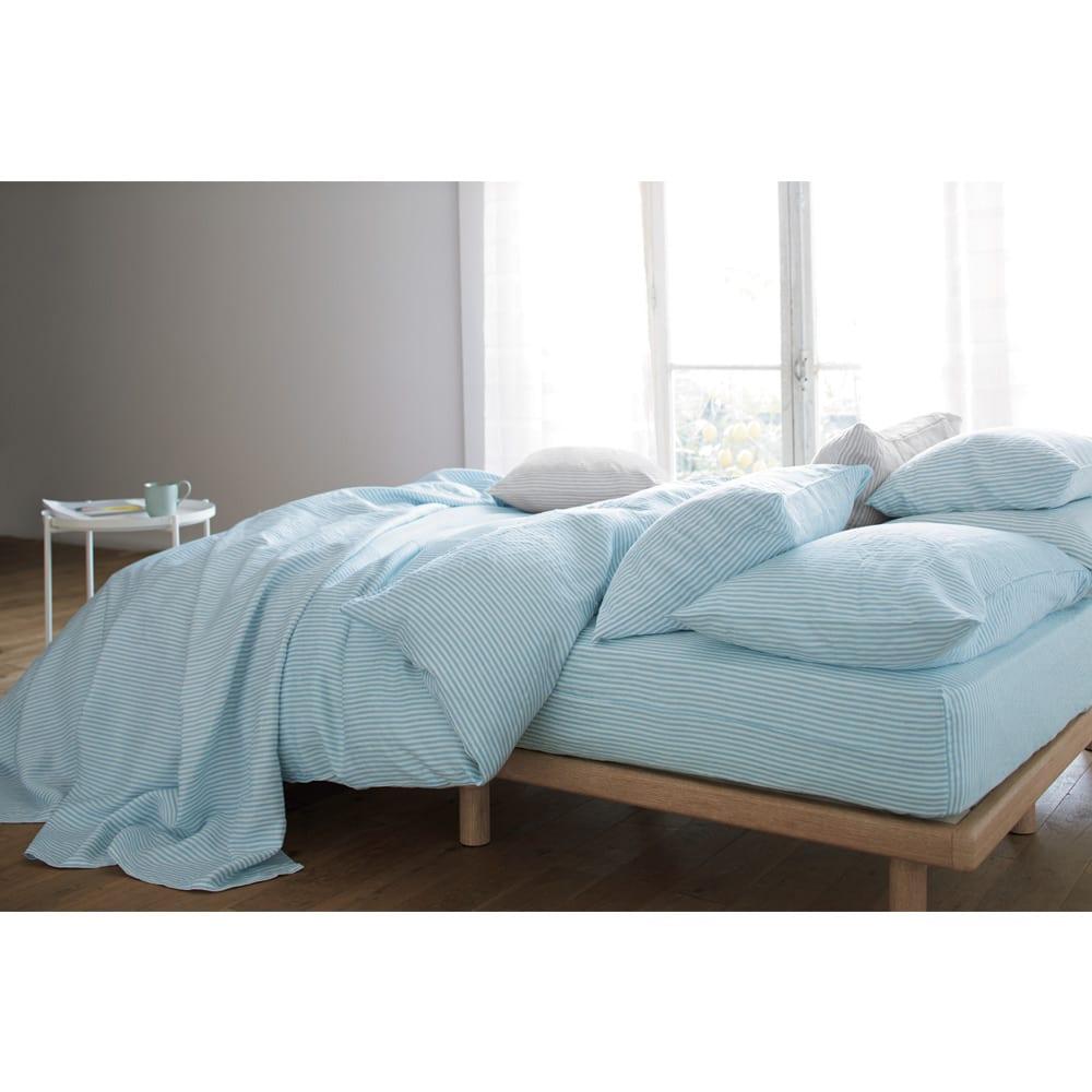 French Linen/フレンチリネン ヘリンボーン織カバーリング ベッドシーツ [コーディネート例](イ)ライトブルー ※お届けはベッドシーツです。