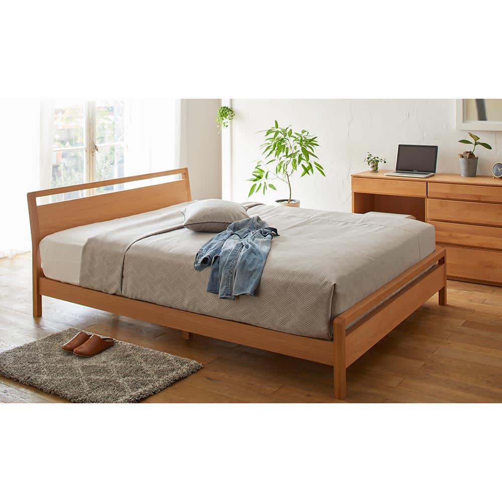 MARK/マーク 木製ベッド ホワイトオーク ベッドフレームのみ アスターデスク収納シリーズと合わせて。 写真は幅60cmデスクと幅60cmチェストの組み合わせとスツールのセットです。