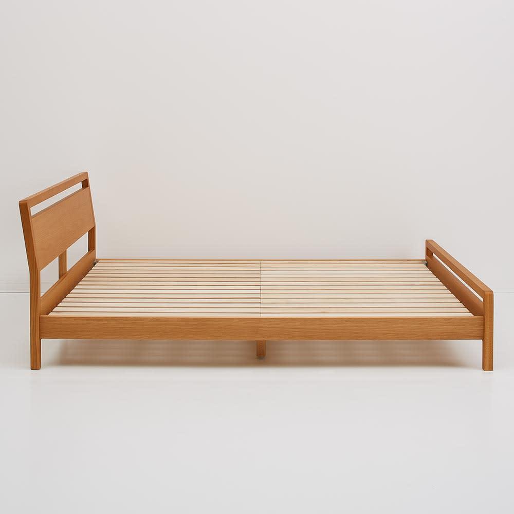 MARK/マーク 木製ベッド ホワイトオーク ポケットコイルマットレス ヘッドボードとフットボードはスリムな形で幅を取りません。