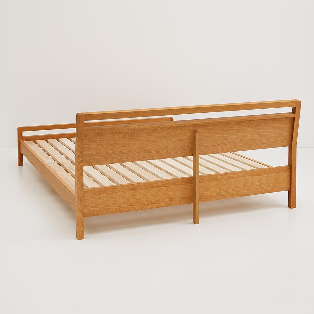国産ユーロトップポケットコイル ホワイトオーク MARK/マーク 木製ベッド ヘッドボードの背面も丁寧に仕上げています。